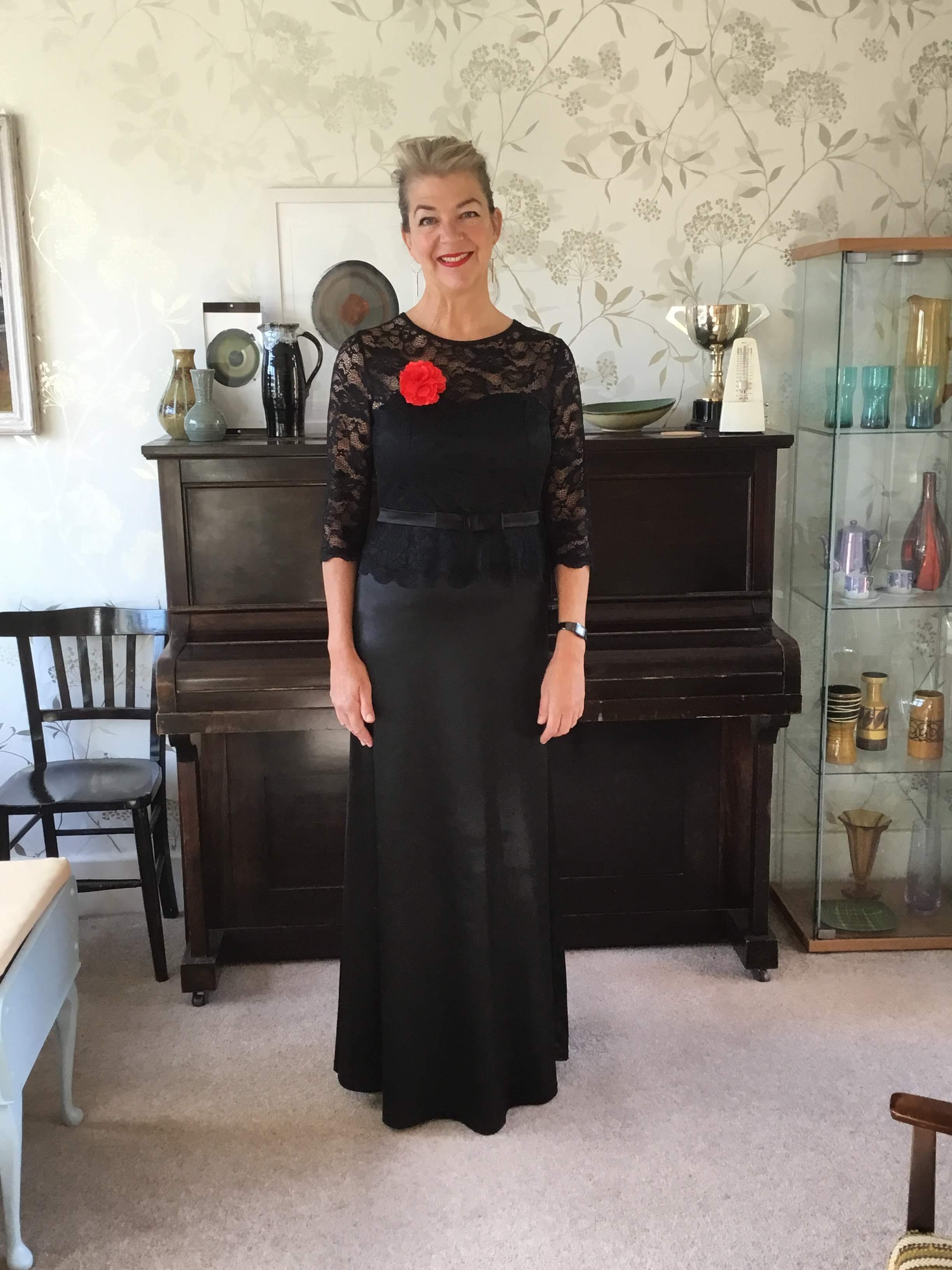 Nicola Burley, soprano singer – Nicola Burley